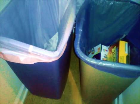 kitchen trash & recycle