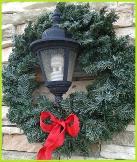 10 tomato cage tree garage wreath