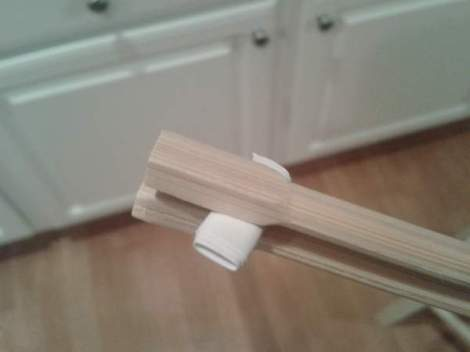 03 kid chopstciks folded paper inserted