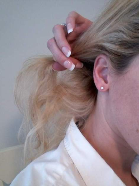 03 side chignon starting point