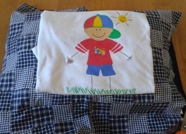 How To Make A Picture Frame Pillowcase For A Keepsake T Shirt Or