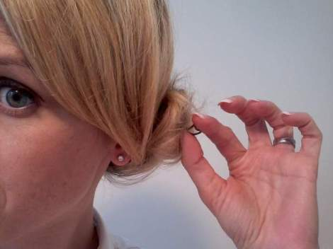 07 side chignon twisty bobby pin