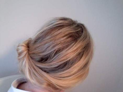 09 side chignon back