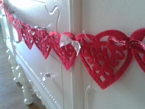 felt heart bunting buffet detail