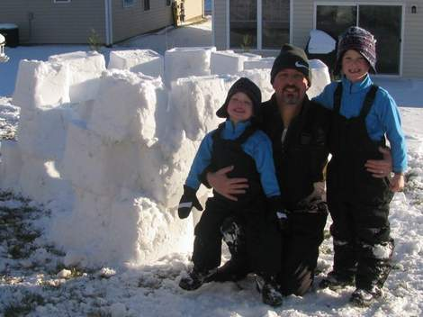 01a snow fort