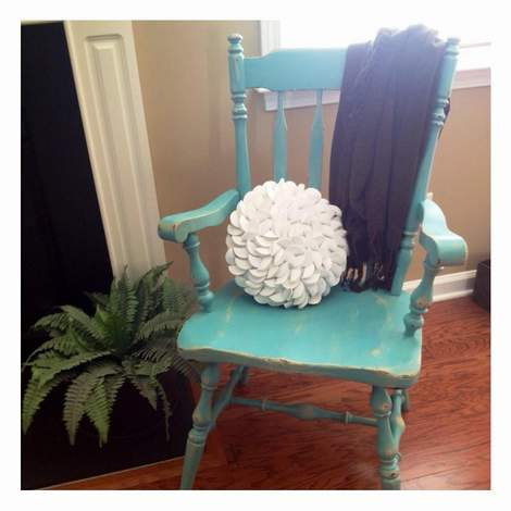 09 aqua distressed chair