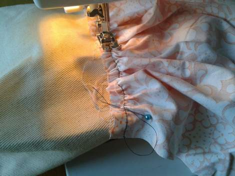 05 add ruffles to tote sewing