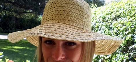 01 straw hat