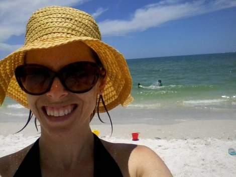 03 straw hat wet