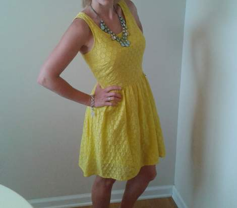 08 yellow eyelet dress score