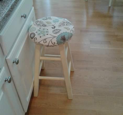 01 blue stool makeover