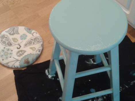 03 blue stool makeover