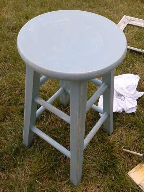 07 blue stool makeover