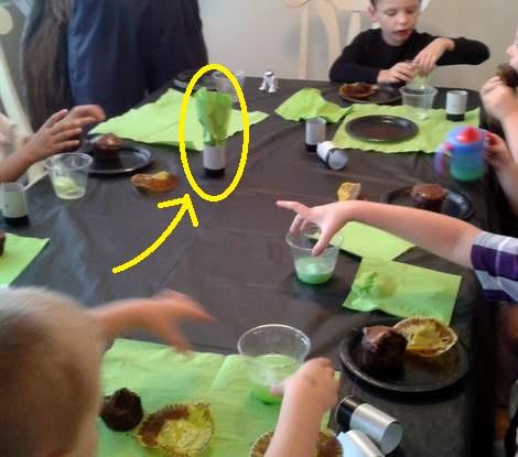 17 star wars birthday party light saber napkins
