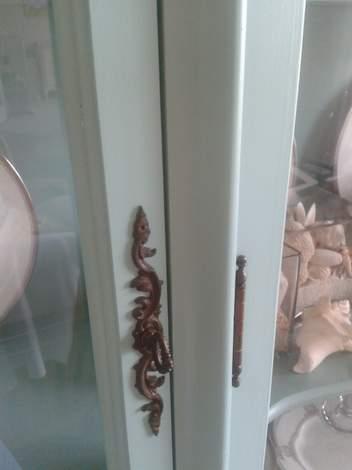 china cabinet antiquing door before