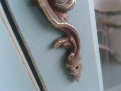 china cabinet antiquing hardware after