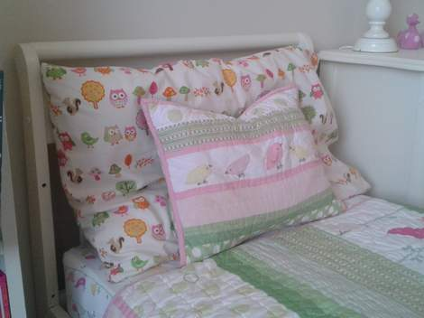 10 little girl bedroom twin to toddler sheets peek