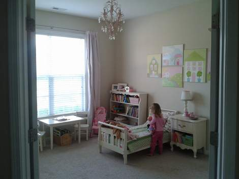27 little girl bedroom after