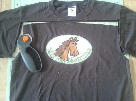 t-shirt to ruffle pants 02
