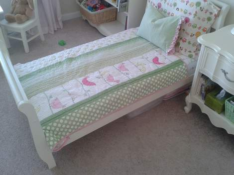 crib to toddler bedskirt 01