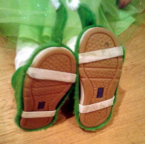DIY elf shoes 13