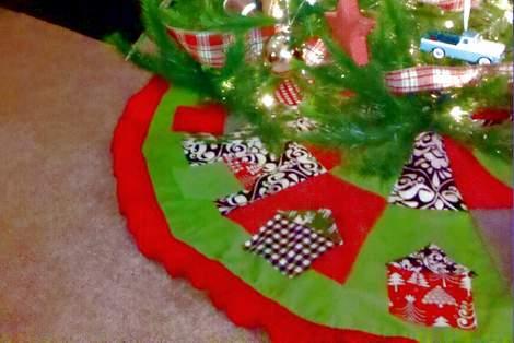 11 tree skirt under tree