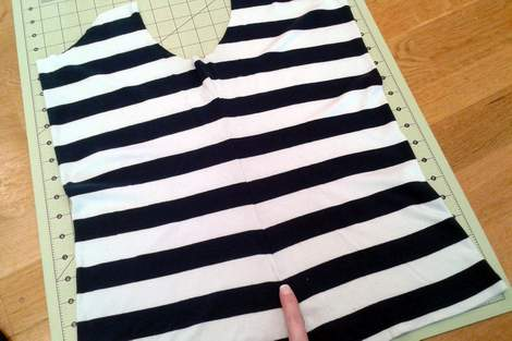 striped shirt to kid pants upcycle 03 fold