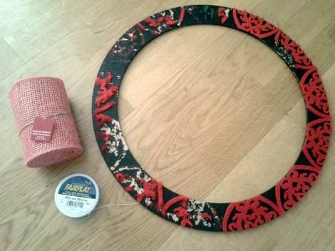 pink burlap wreath 03