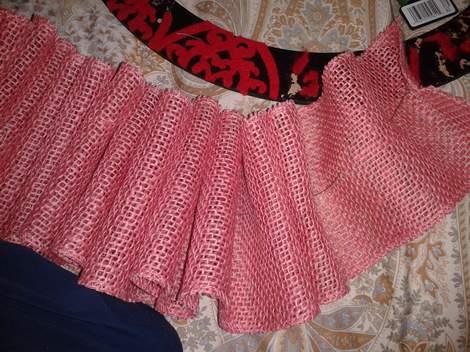 pink burlap wreath 05