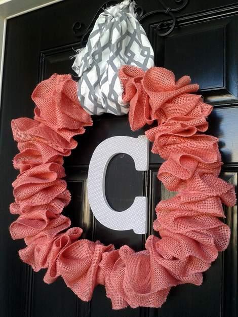 pink burlap wreath 15