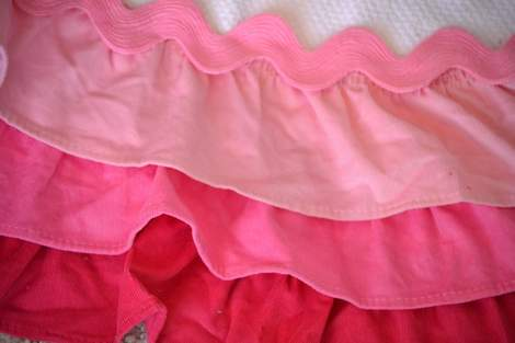 Valentine's Day ombre pink ruffle towel 06