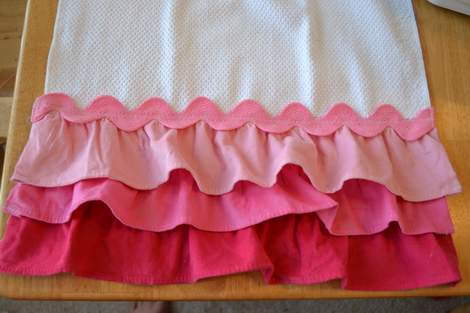 Valentine's Day ombre pink ruffle towel 12