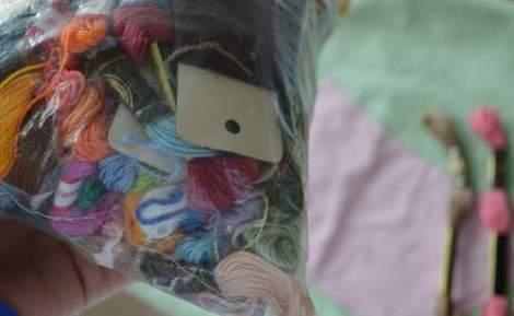 bird embroidered pillow 05
