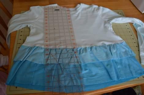 blue ombre ruffled tshirt 15
