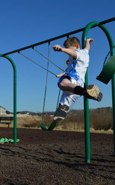 jumping off swings big bro jumping