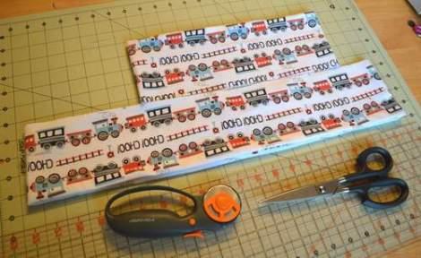 train peek-a-boo ruffles skirt 01