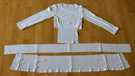 white t-shirt ruffle refashion 08