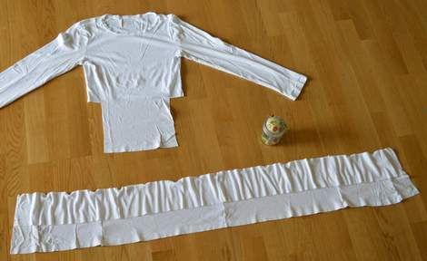 white t-shirt ruffle refashion 09