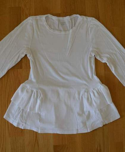 white t-shirt ruffle refashion 18