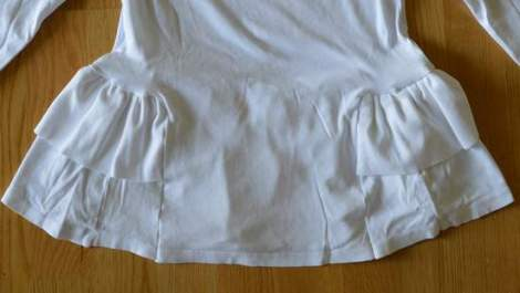 white t-shirt ruffle refashion 18'
