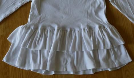 white t-shirt ruffle refashion 19