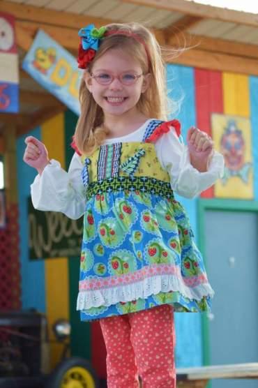 matilda jane wonderful parade 05 smile