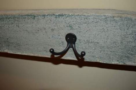 porch post hook rack 02 hooks patina