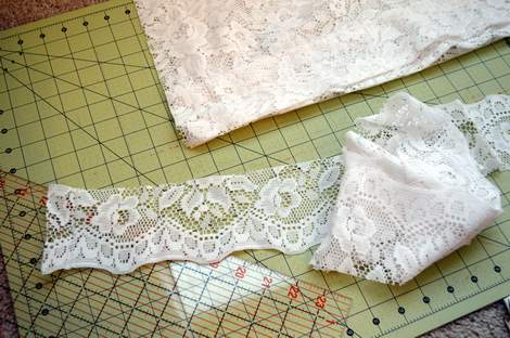 Lace ruffle dress tutorial