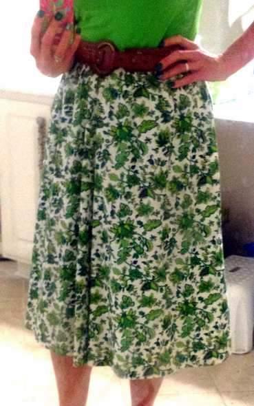 green skirt twinning 001