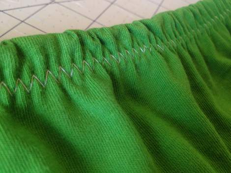 green skirt twinning 011