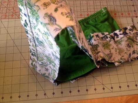 green skirt twinning 014