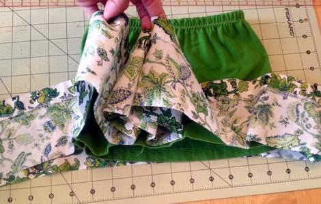 green skirt twinning 015
