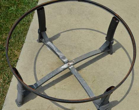 08 fire pit for under $10 after