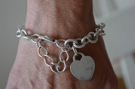 Tiffany bracelet save tip 02
